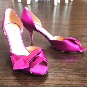 ♠️Kate spade fuchsia satin bow peep toe heels